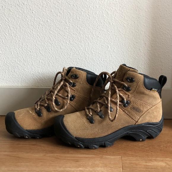 bfa4b08555a KEEN Footwear Pyrenees Waterproof Boots